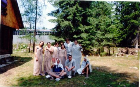 č.71 -> 21-1-03-roby-summer2002-camp200.jpg (40kb)